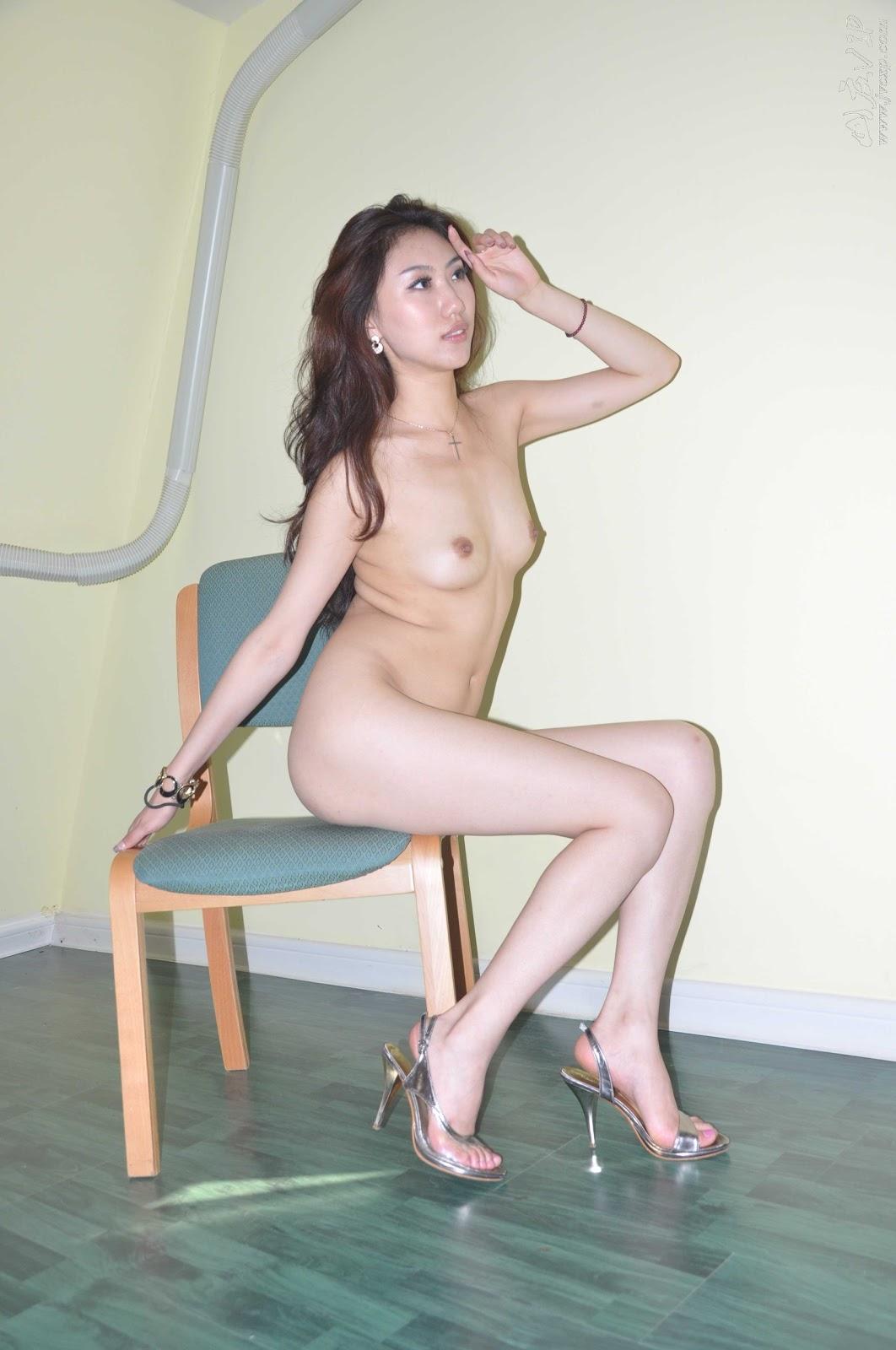 http://4.bp.blogspot.com/_flCG3ABq_jQ/TVJiWZlwUlI/AAAAAAAAADg/uXe_wQbjifM/s1600/World+Supermodel+Contest+China+Winner+Leaked+Nude+Photos+www.GutterUncensoredPlus.com+242.jpg