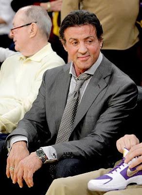 Sylvester Stallone assistindo Jogo