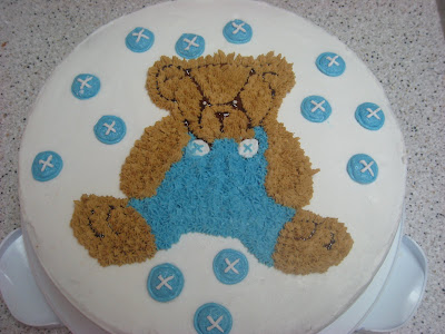 Customized Teddy Bears on Custom Cake Creations  Teddy Bear Cake