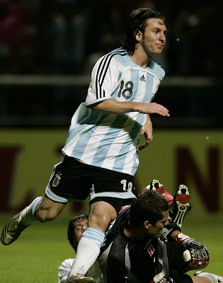 Lionel Messi-Messi-Barcelona-Argentina-Posters 4