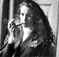 Andi2BMcDowell - Women smoking pipes