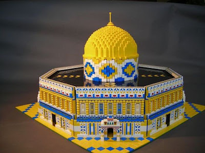 Creative lego Sculpture Seen On www.coolpicturegallery.us