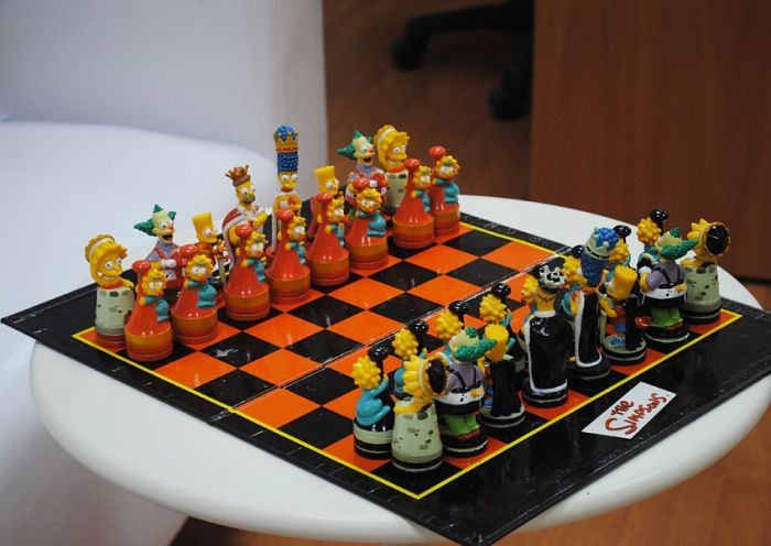 Simpsons chess board: 07
