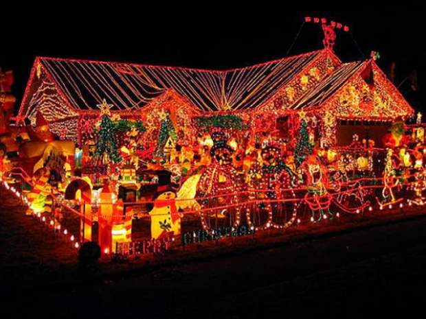 Houses in christmas lights pics curious funny