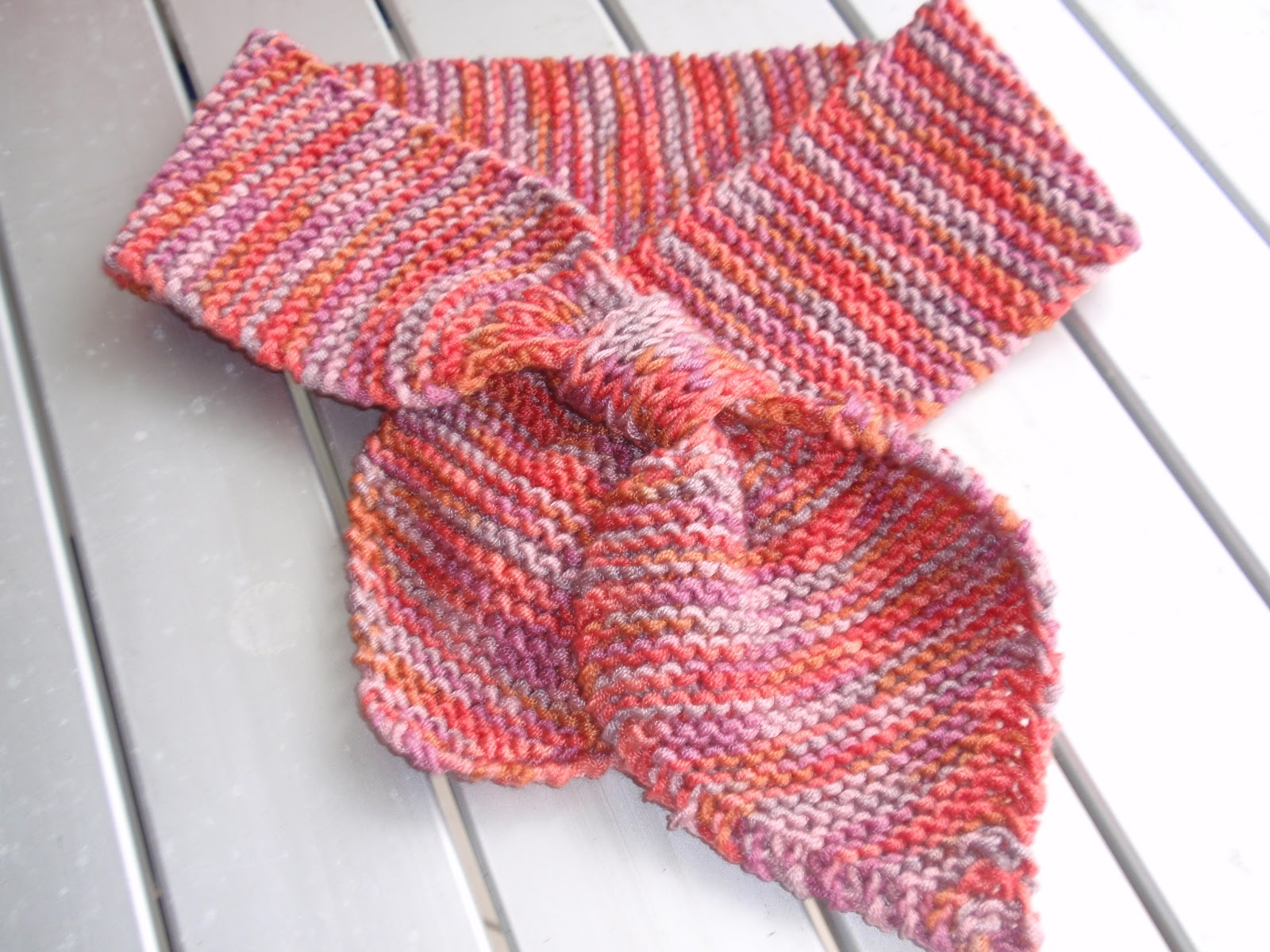 Knitting Pattern Bow Knot Scarf : Aussie Maria: November 2010