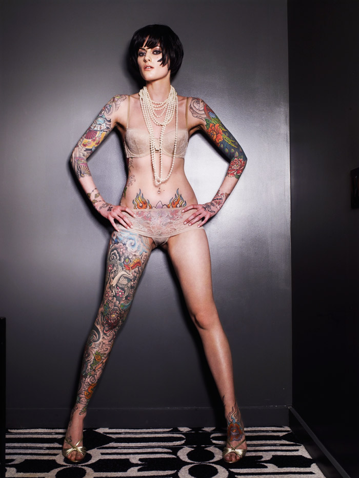 naked girl tattoos. sexy tatto in body for girl.