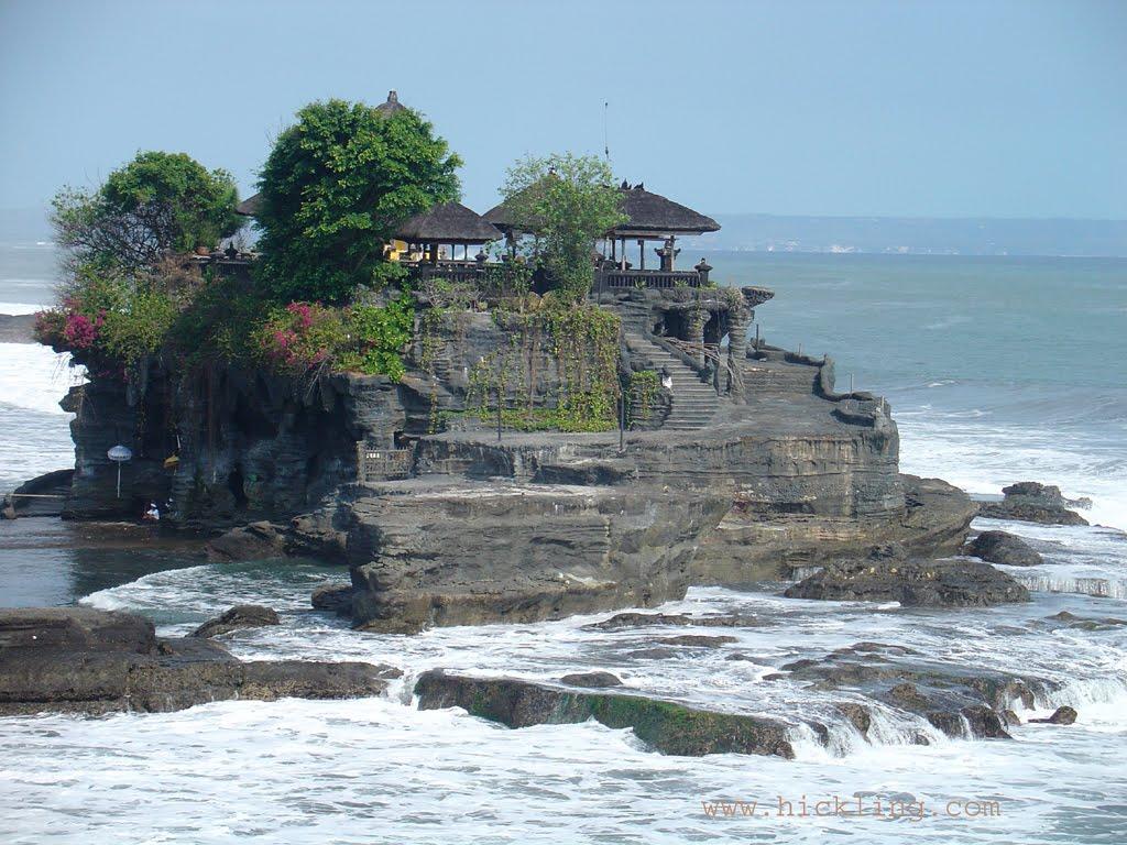 Mengenal Adat dan Budaya Pulau Dewata Bali