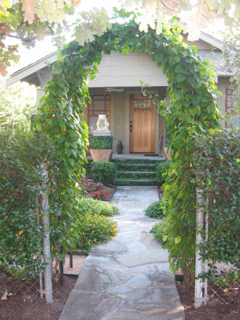 Love Where You Live Landscaper S Own Beautiful House Amp Garden