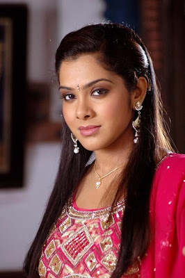 http://4.bp.blogspot.com/_g31KVvREHW4/TOaB5BZQblI/AAAAAAAAA08/vLRZ5Kfwm0c/s1600/malayalam+actress+sandhya.jpg
