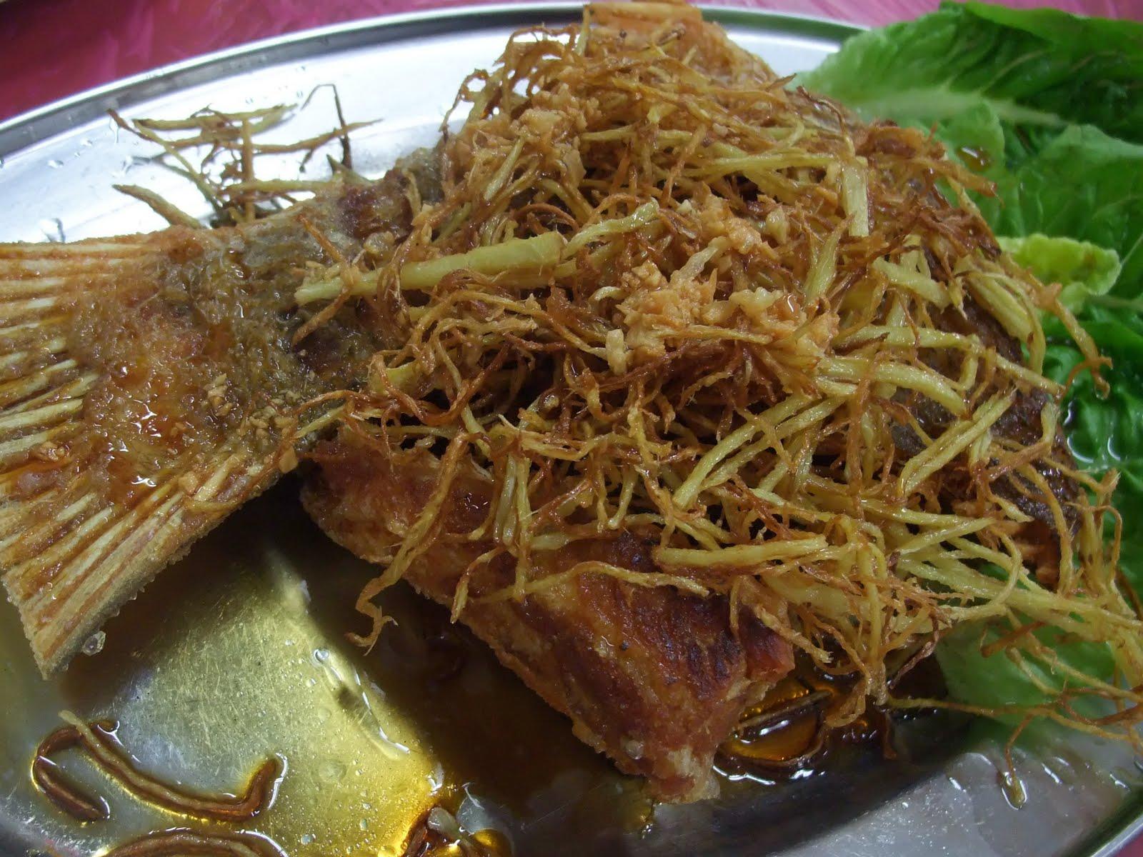 Happy happy restoran new cheow sang taman mayang jaya for Deep fried fish