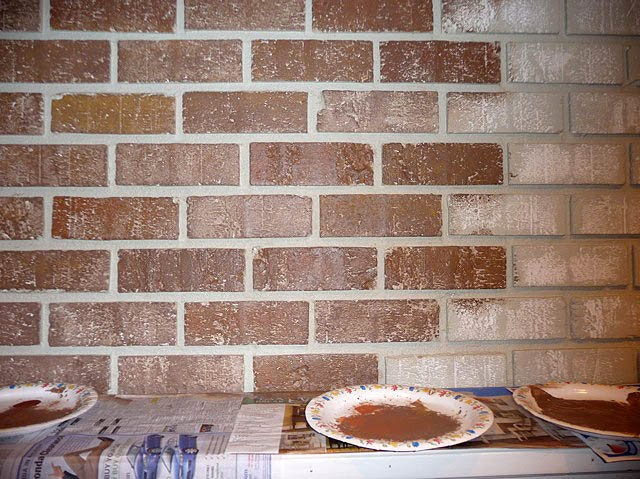 Painting brick fireplace from white to beautiful for Bricks painting design