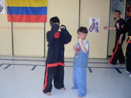 niños en karate