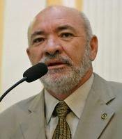 ESMERALDO SANTOS