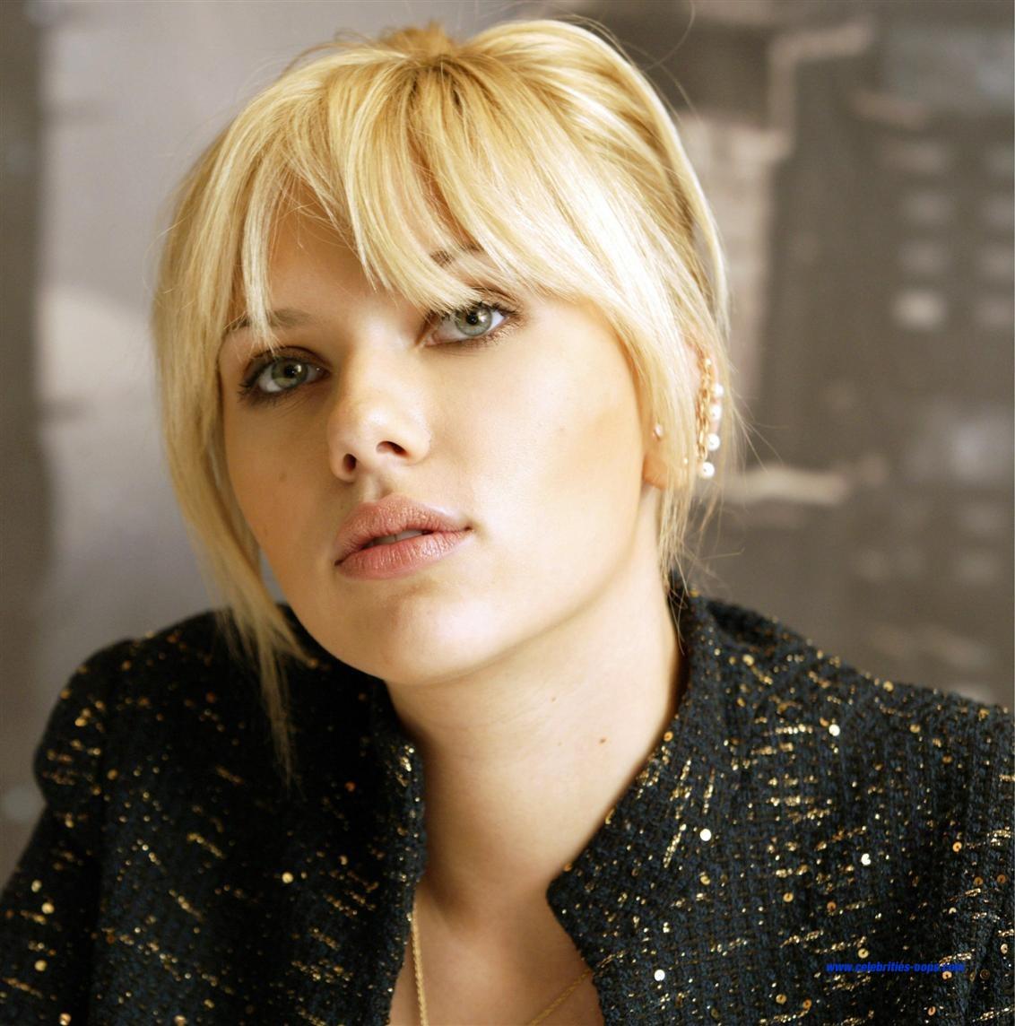 http://4.bp.blogspot.com/_g7rp4Q0HdK0/THivYW_oAgI/AAAAAAAAAD8/wKqyUMQo5Sw/s1600/Scarlett_05.jpg