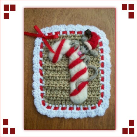 NEEDLE FELTED CANDYCANE CROCHET POTHOLDER