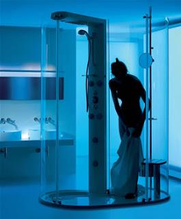 Transtube 360-degree shower