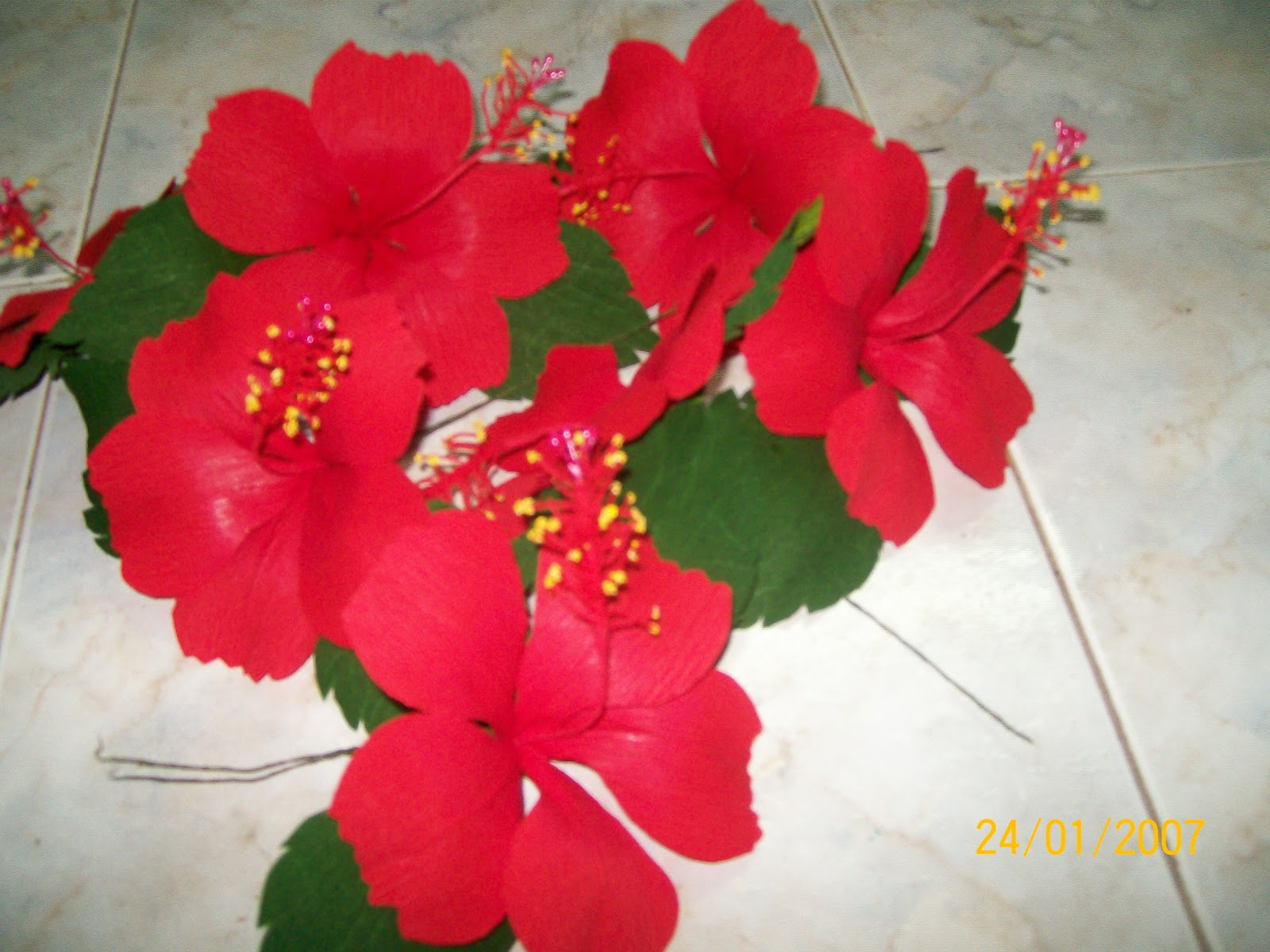 Tinas creations paper hibiscus shoe flower i got an order to make 20 hibiscus flowers they are made of red duplex paper and turned out great red hibiscus flowers are commonly used in india as an izmirmasajfo Choice Image