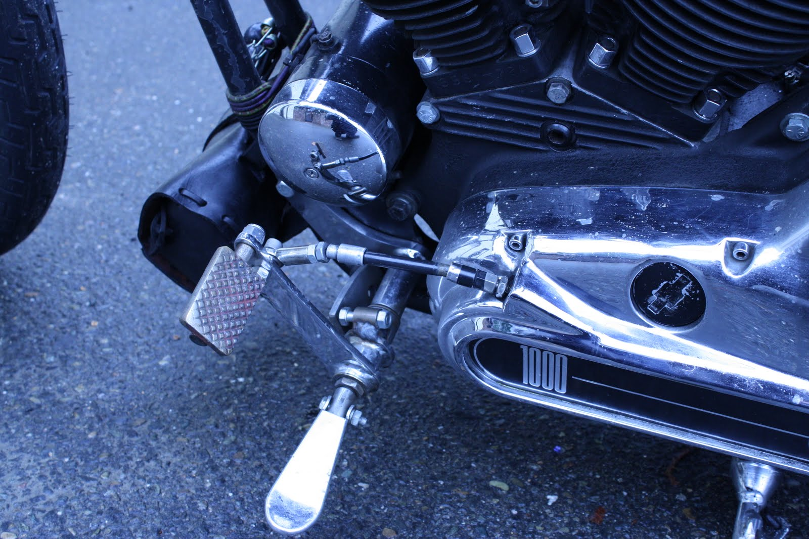 Jockey Shift for Sportster http://oldstfcycleshop.blogspot.com/2011/02/ironhead-sportster-jockey-shift.html
