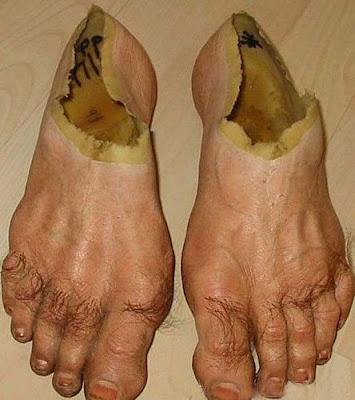 Imágenes de los zapatos más incómodos de la historia  - imagenes de zapatos raros