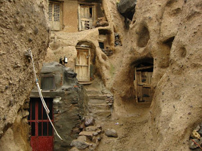 i3 - 700 Years Old Houses In Iran!!!!
