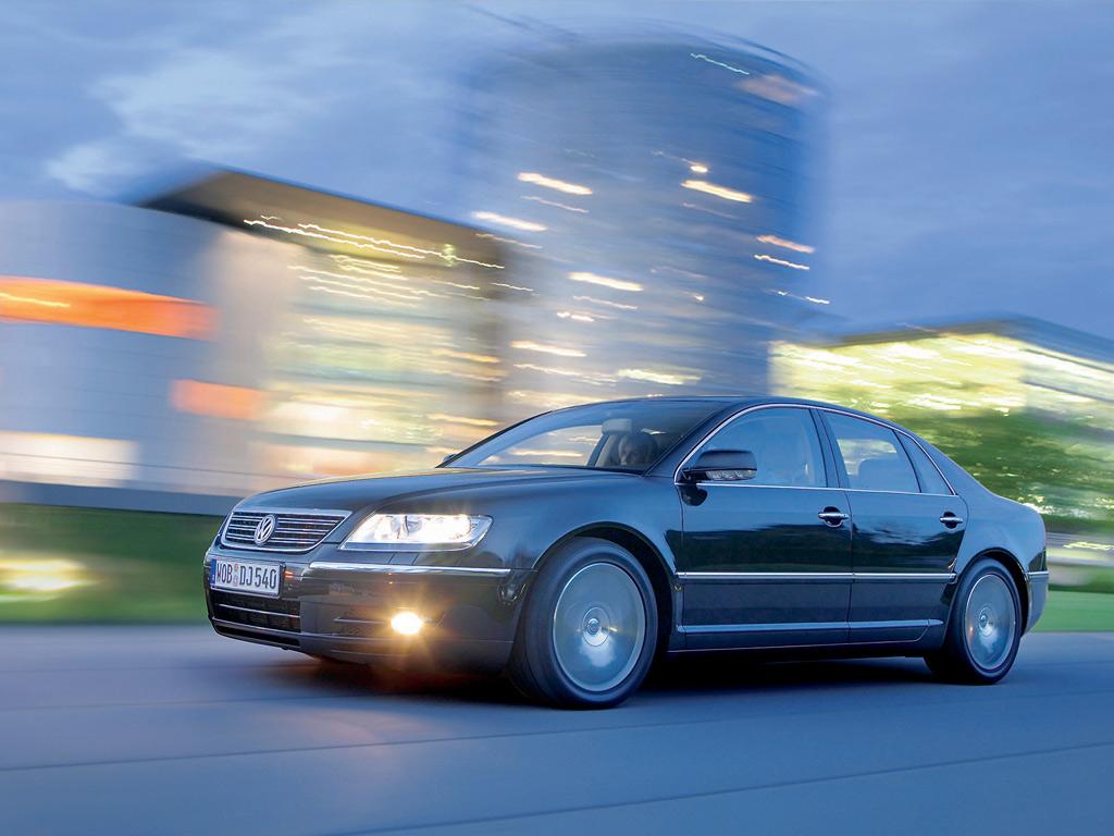 http://4.bp.blogspot.com/_gD8Wn3tmB9c/TDNUI98HLzI/AAAAAAAABLk/iryT7w7e28A/s1600/Volkswagen_VW_Phaeton%252C_Luxury_Sedan.jpg