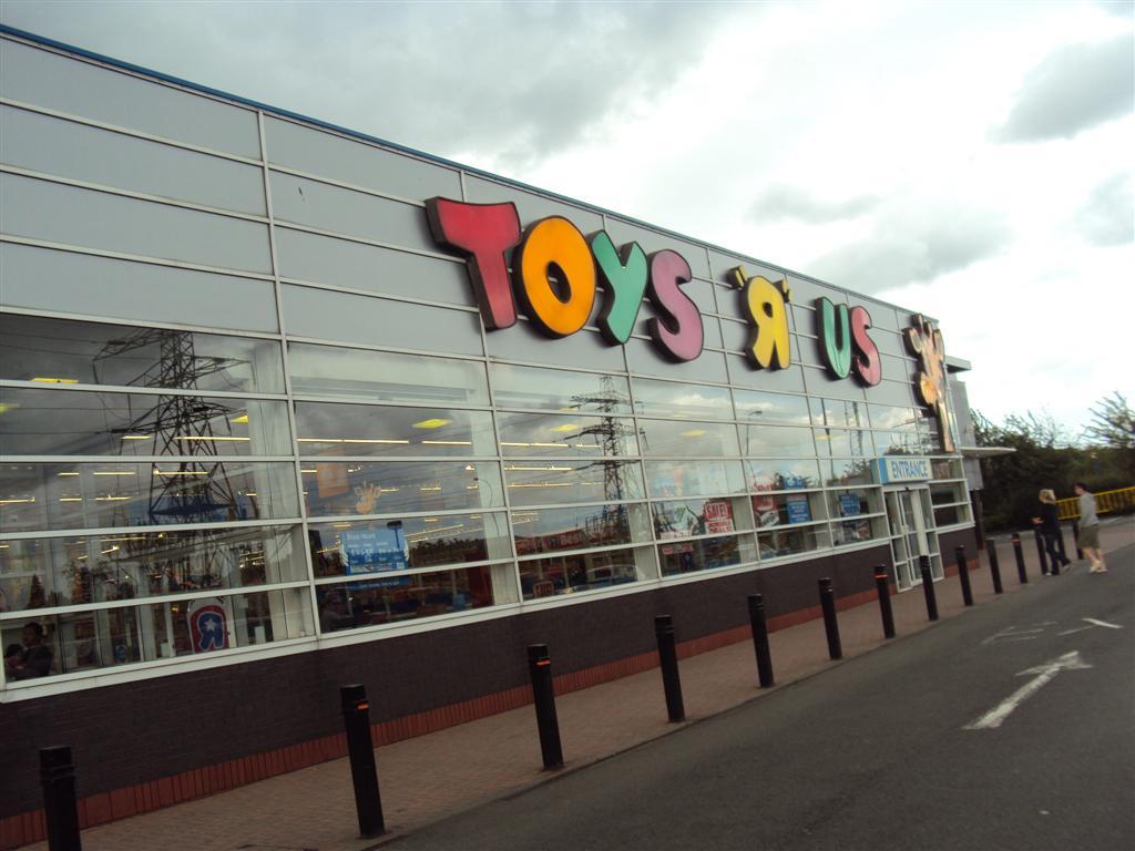 Toys R Us Mall : Miles of smiles shopping toys r us malaysia terkenang