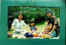 Frame Foto Buatan Kiki yang Pernah Aku Pamerkan pada Tante Amelia Hapsari Dulu