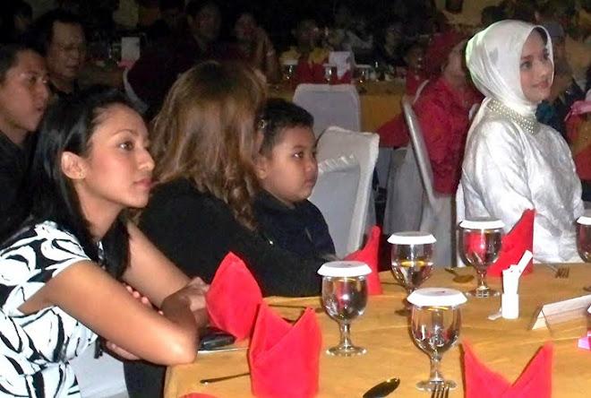 Bella dan Ibu ku Marissa Haque Tahun Baru 2010 di Medan, SUmut