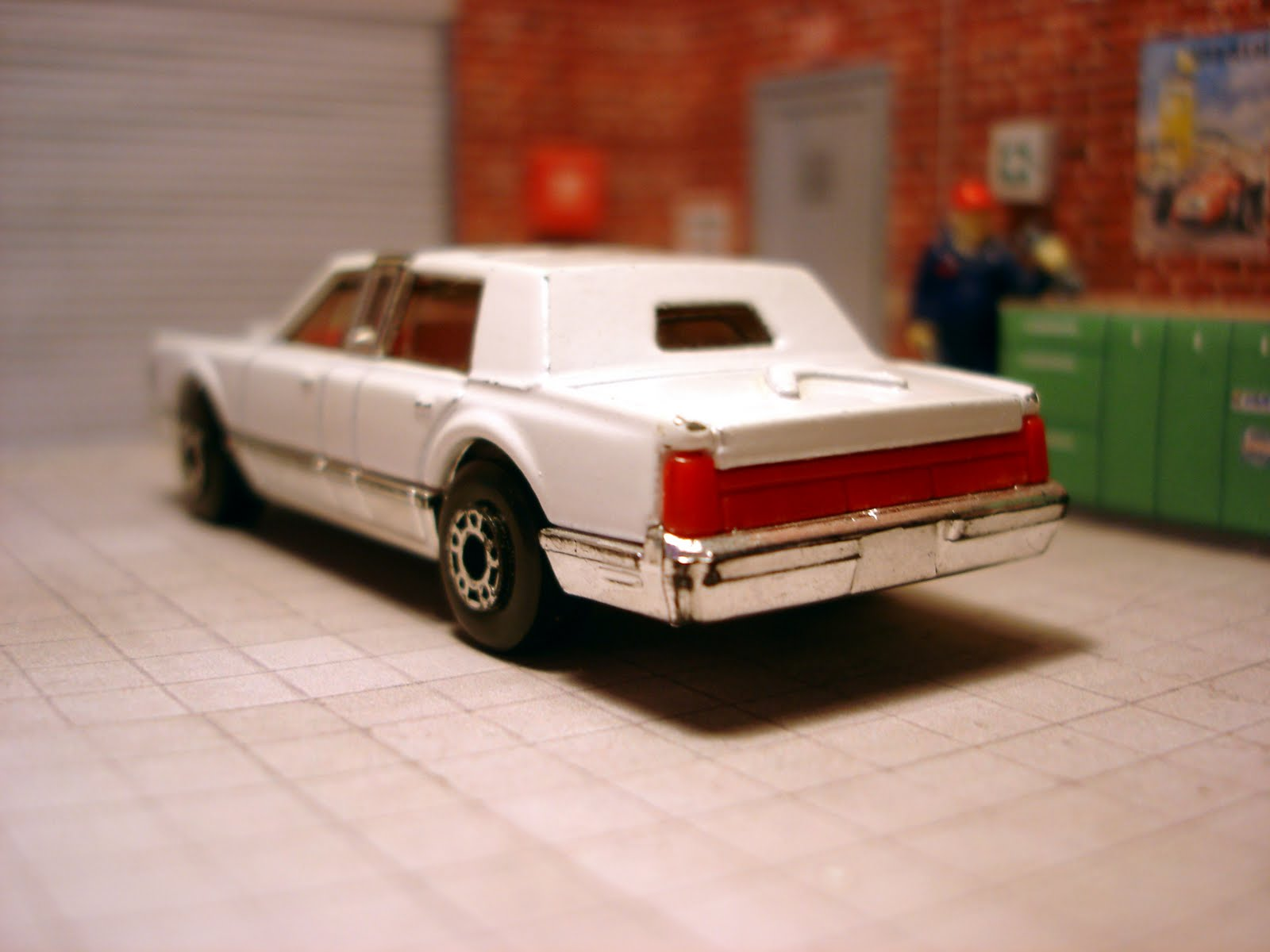 matchbox memories matchbox mb 24 lincoln town car. Black Bedroom Furniture Sets. Home Design Ideas