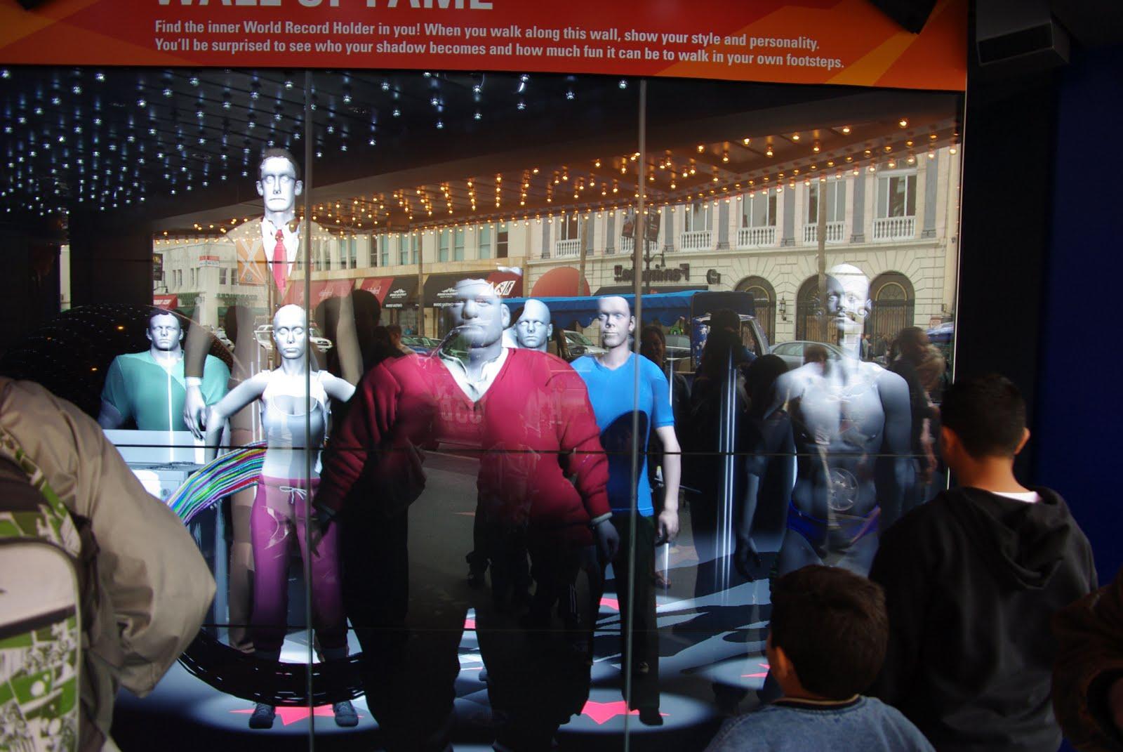http://4.bp.blogspot.com/_gHFA9p185q0/TNIdNypAqTI/AAAAAAAABdE/IVRC5yniC9M/s1600/Guinness+World+Records+Museum-5.jpg