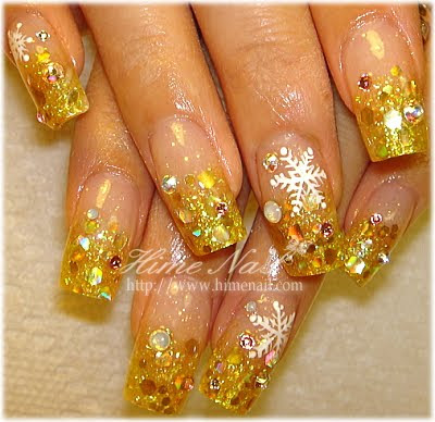 disenos de unas. Diseños de uñas color dorado