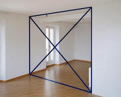 Square and Cross Room Illusion