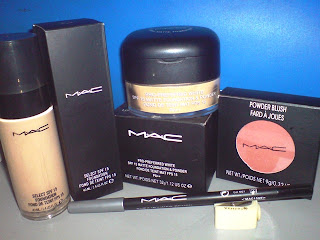 Set bedak MAC ecah..