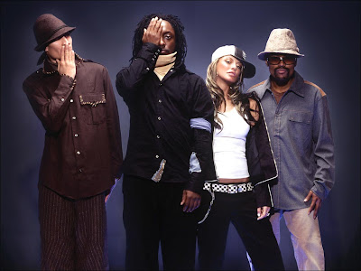 Boom Boom Pow lyrics - Black Eyed Peas Lyrics