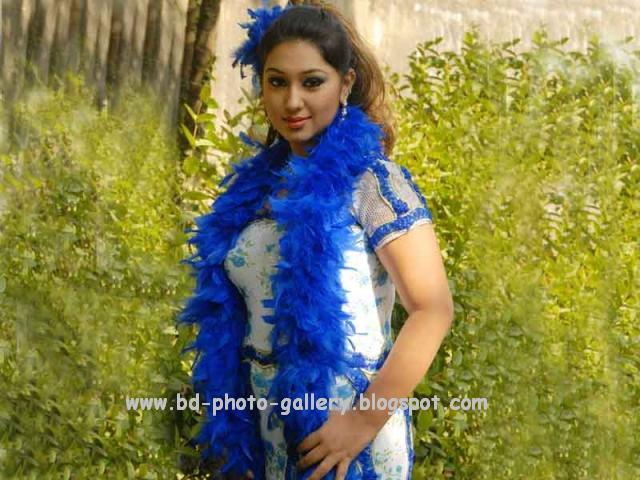 Images of Bangladeshi Actress Apu Biswas