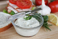 Garlic-Herb Sandwich Spread