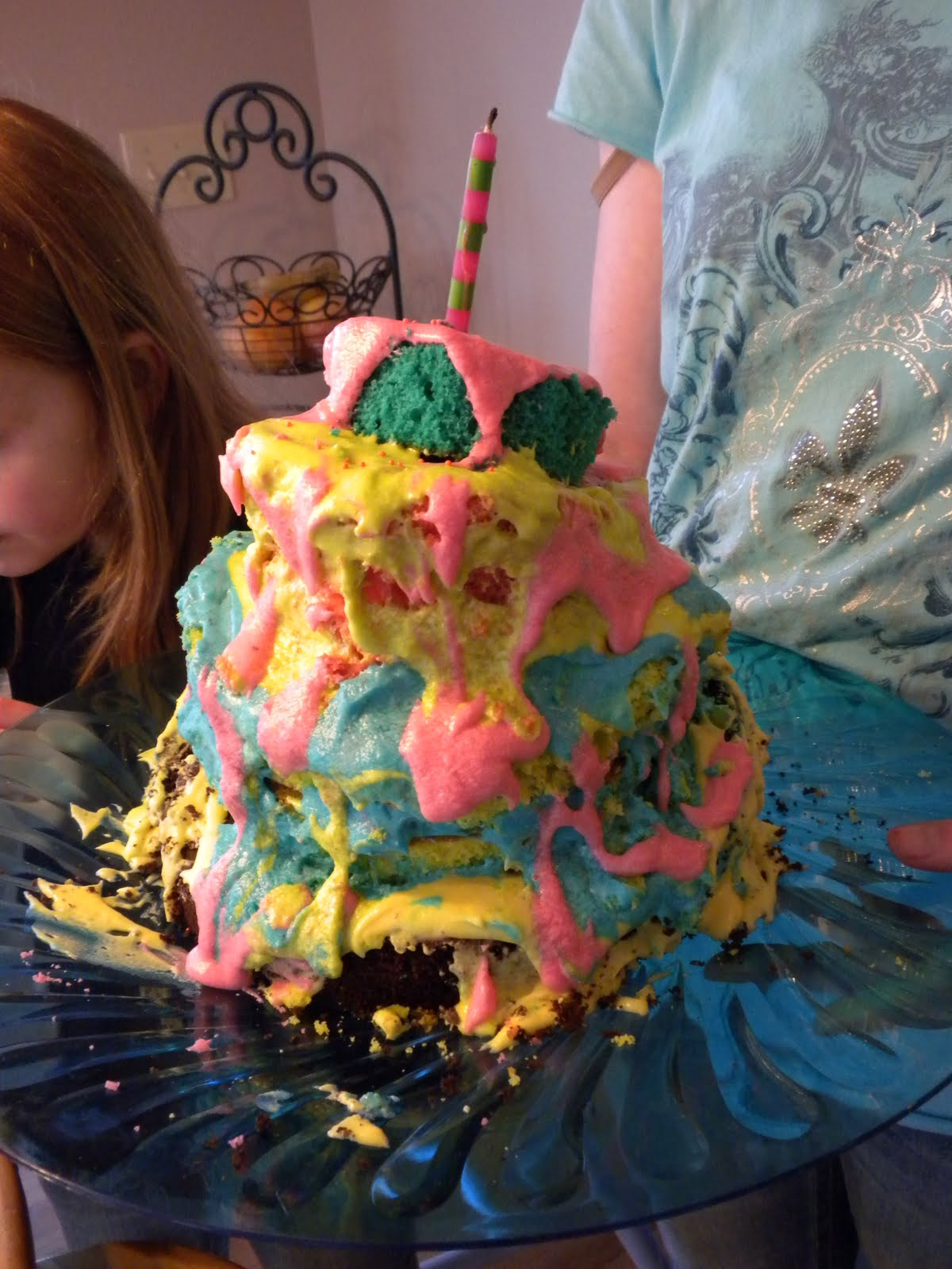 5 Kid Pile Up Dr Seuss Birthday Cake