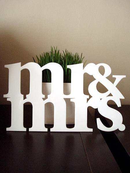 Depositing Wedding Gift Checks : ... jars: mr. & mrs. making bank: depositing checks after the wedding day
