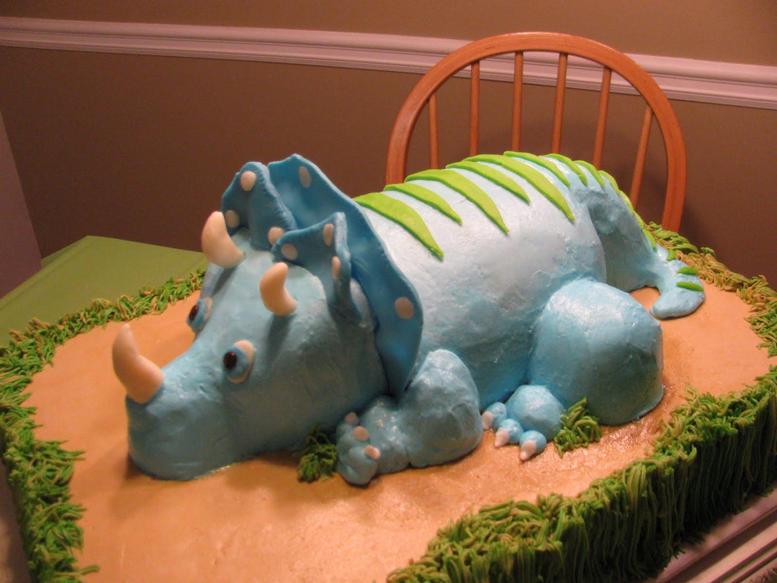 Dinosaur Cake Recipes Pictures : The Dessert Box: Carson s Dinosaur Cake