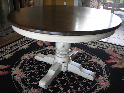 Table Has Two 15 Leaf Extensions Versatile Cream Finish With Light Distressing And Glaze Goes Perfect The Gray Blue Hutch That Is Listed For