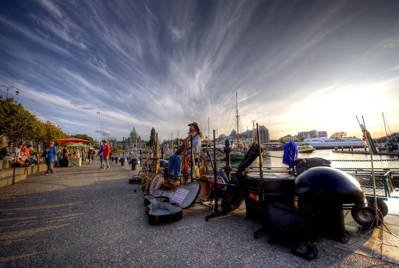 Dave Harris, one man band, Inner Harbour Causeway, Victoria, BC, Canada