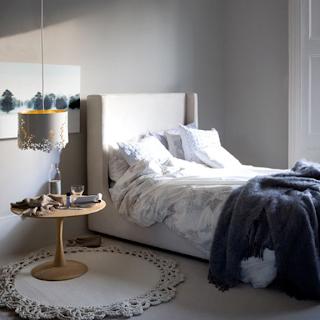 black white yellow bedrooms from emmas design blog. Black Bedroom Furniture Sets. Home Design Ideas