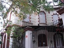 Academia Cultural Inglesa sobre av. Lincoln