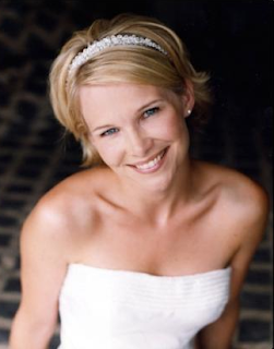Beatiful Short Wedding Hairstyle 2010