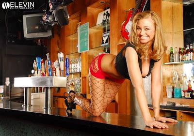 http://4.bp.blogspot.com/_gTJMEP-c2fo/SKAoCmibN9I/AAAAAAAADew/ubrbNdZqpEI/s400/sexy-bar-girl-22.jpg