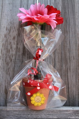 Crafty Kitchen ~ Flower Pot Pens for Mother's Day & Teacher Appreciation