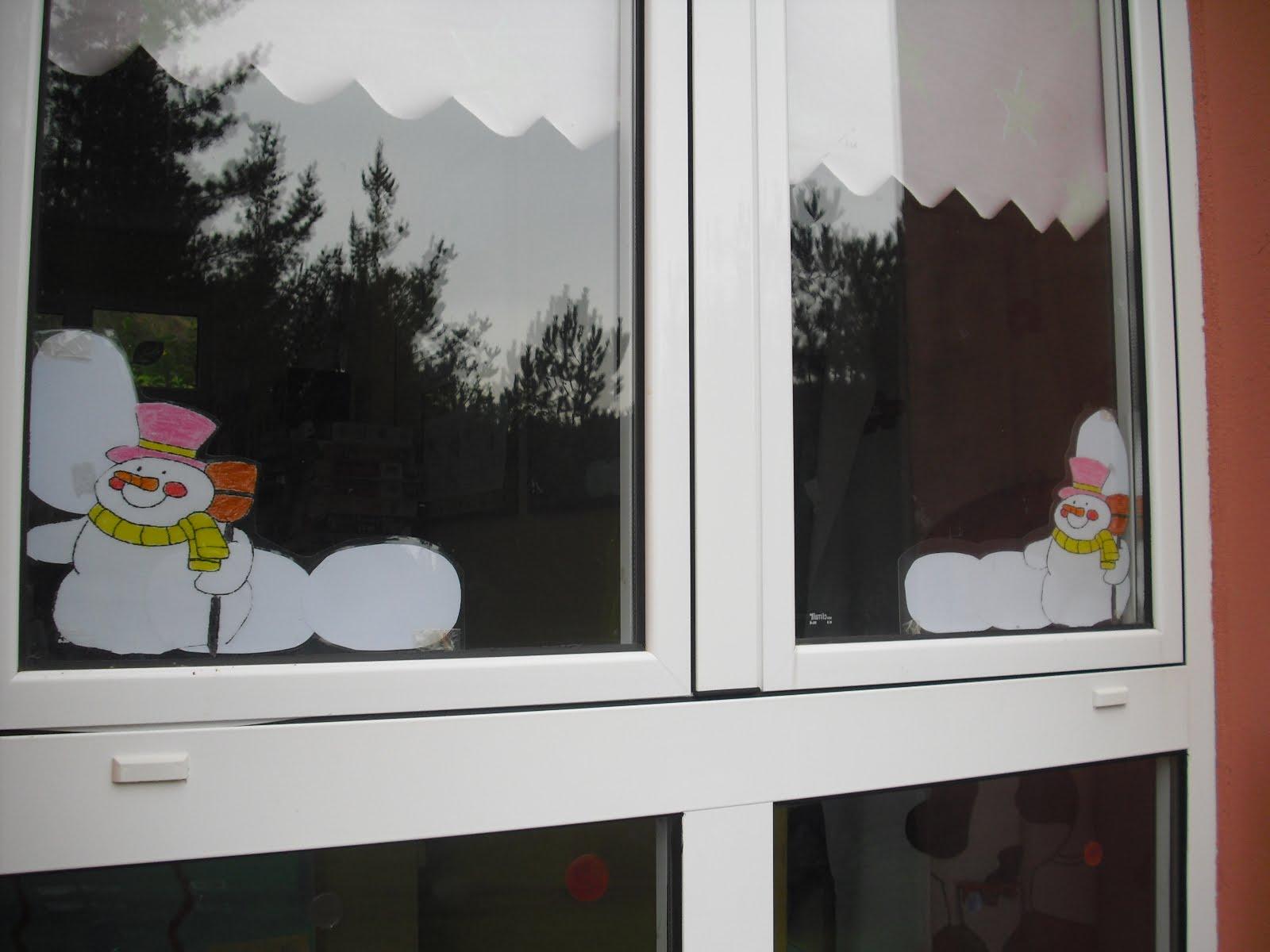Cole de colores esquineras invernales para ventanas for Esquineras de pared