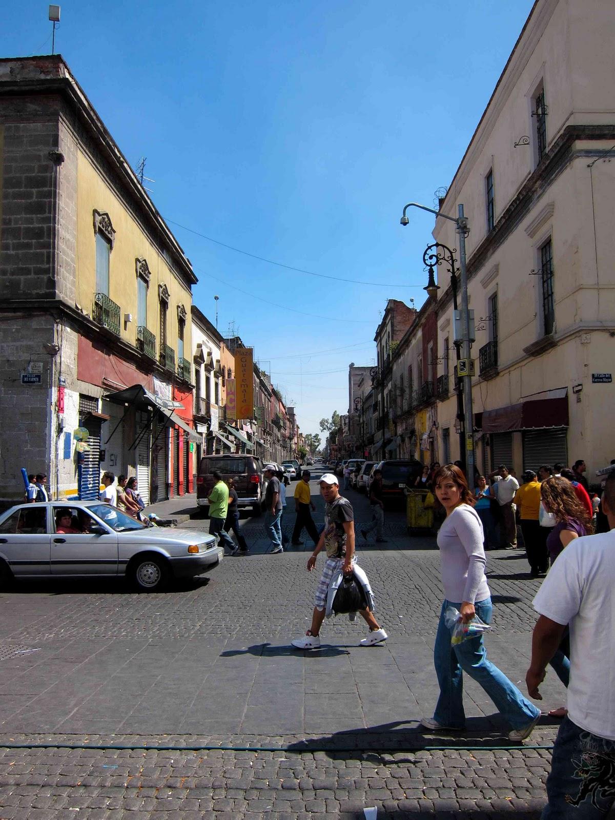 http://4.bp.blogspot.com/_gXcOeYUplUY/TMn3WKK4z1I/AAAAAAAAAEA/DGe5RejVarM/s1600/City+2.jpg