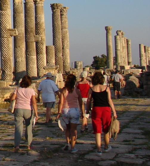 Por las calles de Apamea