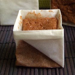 la soupe au caillou fabriquer ses caissettes en papier une tentative cubique et mousseux. Black Bedroom Furniture Sets. Home Design Ideas